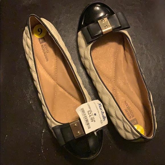 ec77e4504 White Mountain Shoes   Womens Cream And Black Flats   Poshmark